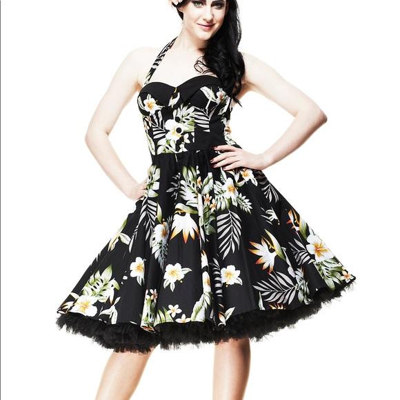 6d3e41a0b81 Hell Bunny Dresses   Skirts - Hell Bunny Vixen Hawaiian dress ...
